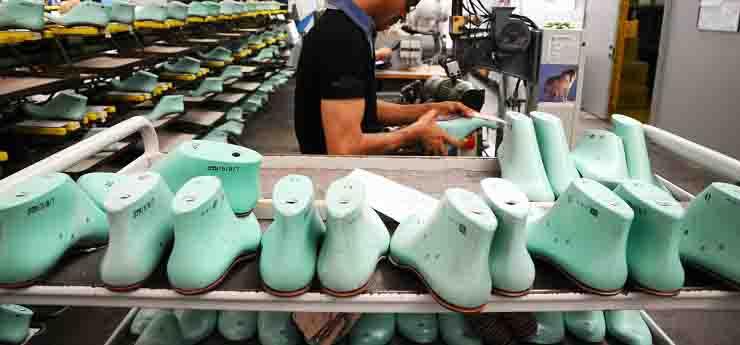 Fabbriche scarpe di lusso in Veneto no ferie