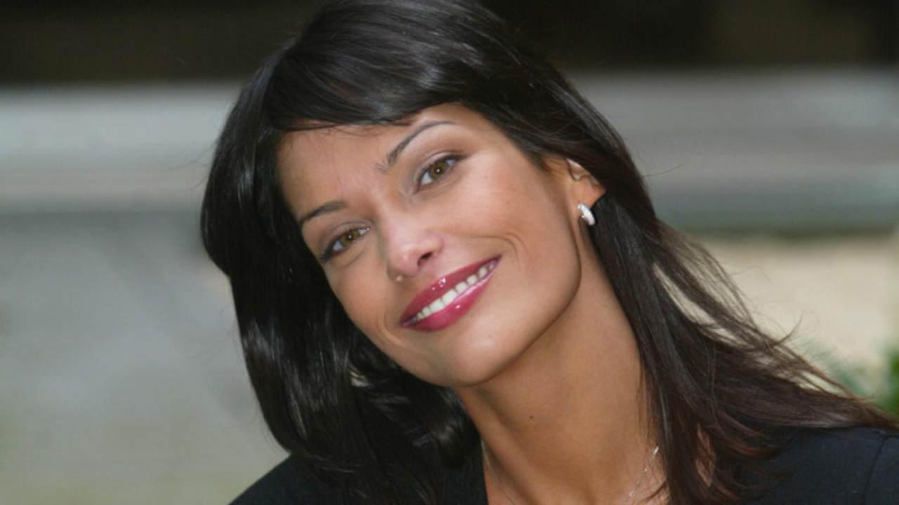 Fernanda Lessa lancia un messaggio a due ex vip | Rivela i s