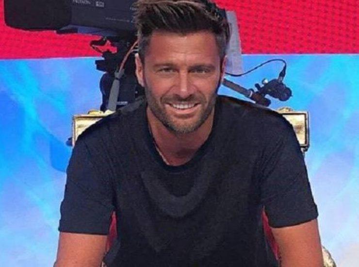 Filippo Bisciglia chi è | carriera e vita privata del conduttore tv - meteoweek