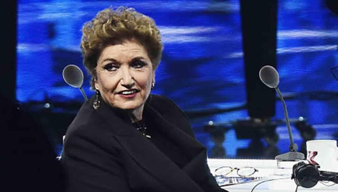 Mara Maionchi contro il marito: la frase sugli omosessuali non le piace