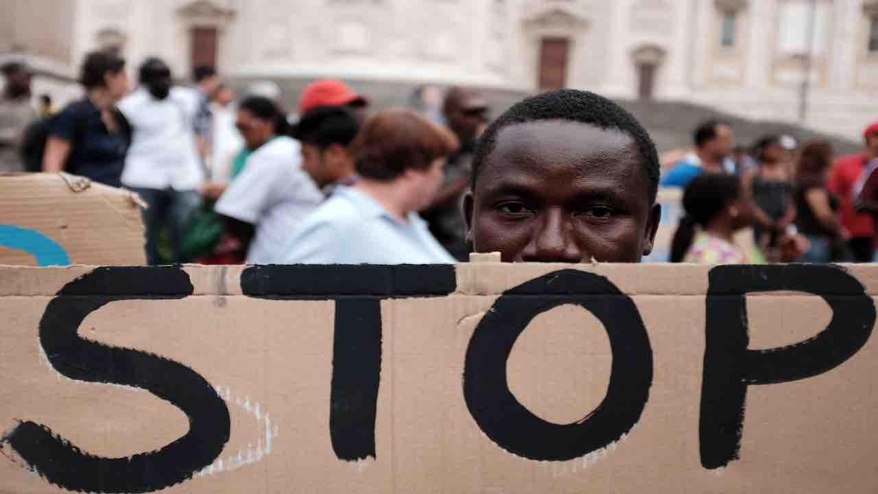 Stop al razzismo - Meteoweek.com