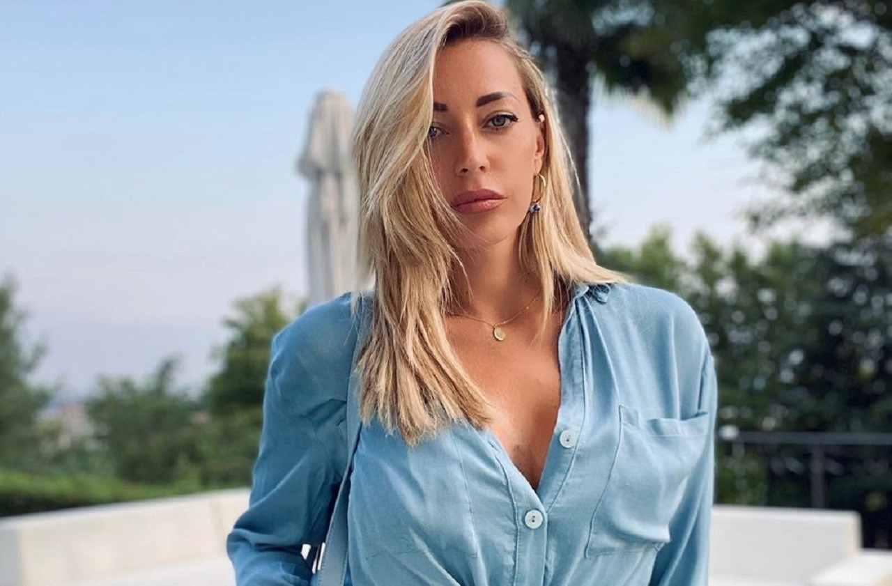 Karina Cascella insulti a Pietro Delle Piane