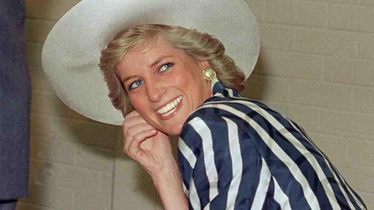 """Lady Diana, indiscrezione choc: """"Il suo unico vero amore fu…"""""""