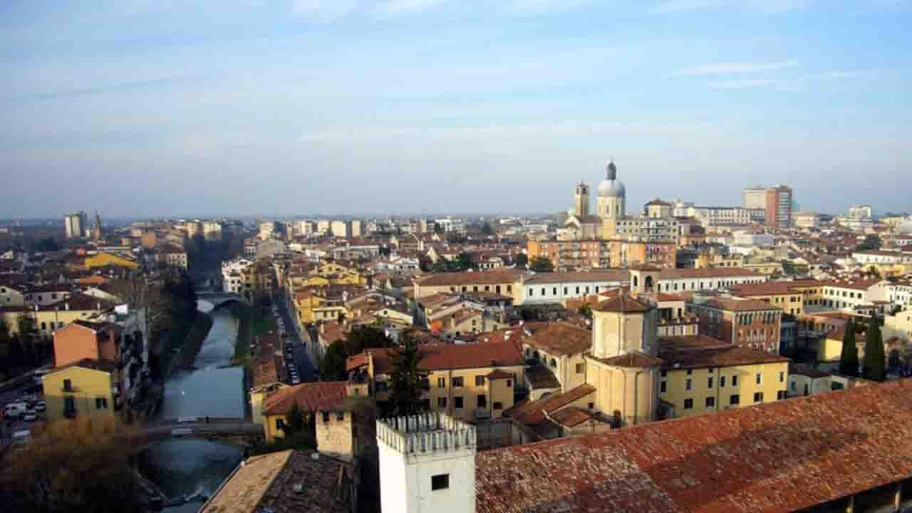 Meteo Padova domani martedì 7 luglio: cielo sereno
