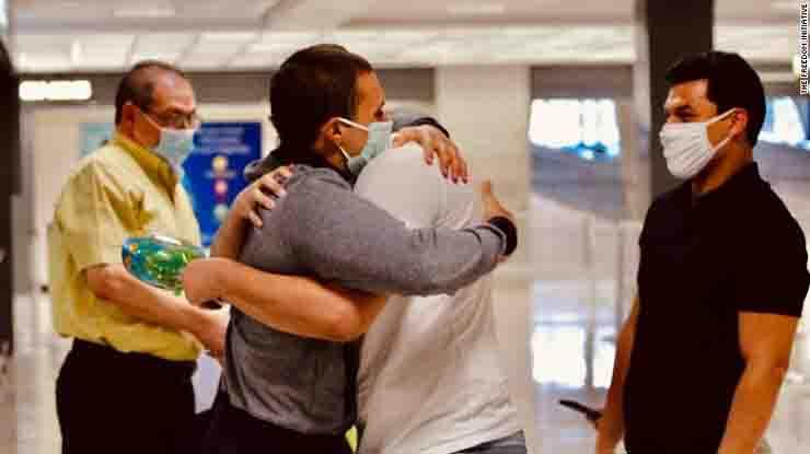 Liberato cittadino americano egiziano dopo quasi 500 giorni di prigionia Mohamed Amashash