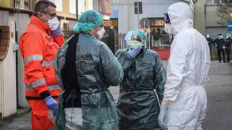 Risalgono i contagi in Italia covid coronavirus 306 nuovi contagi