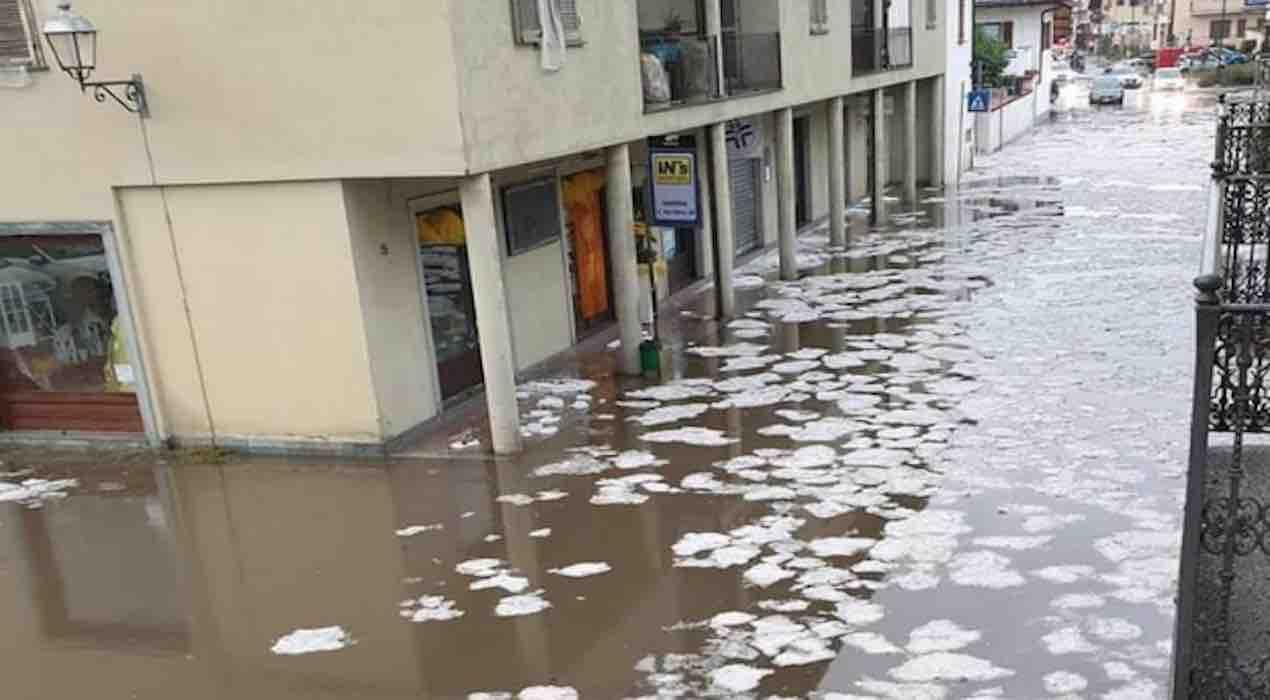piogge e frane in Valtellina. famiglie evacuate