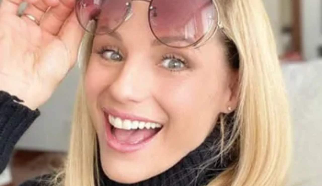 Michelle Hunziker ha rifatto il seno: le foto del nuovo deco