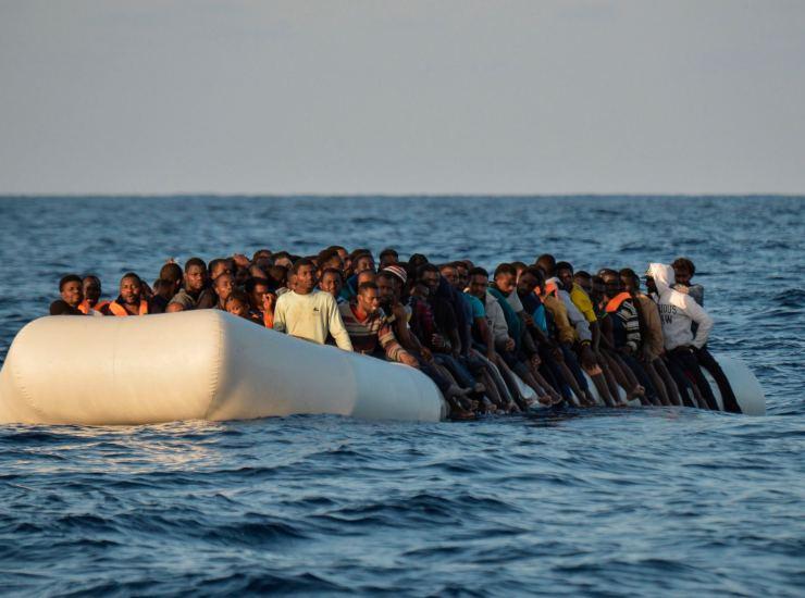 Migranti: in arrivo a Lampedusa nave da 700 posti per quarantena