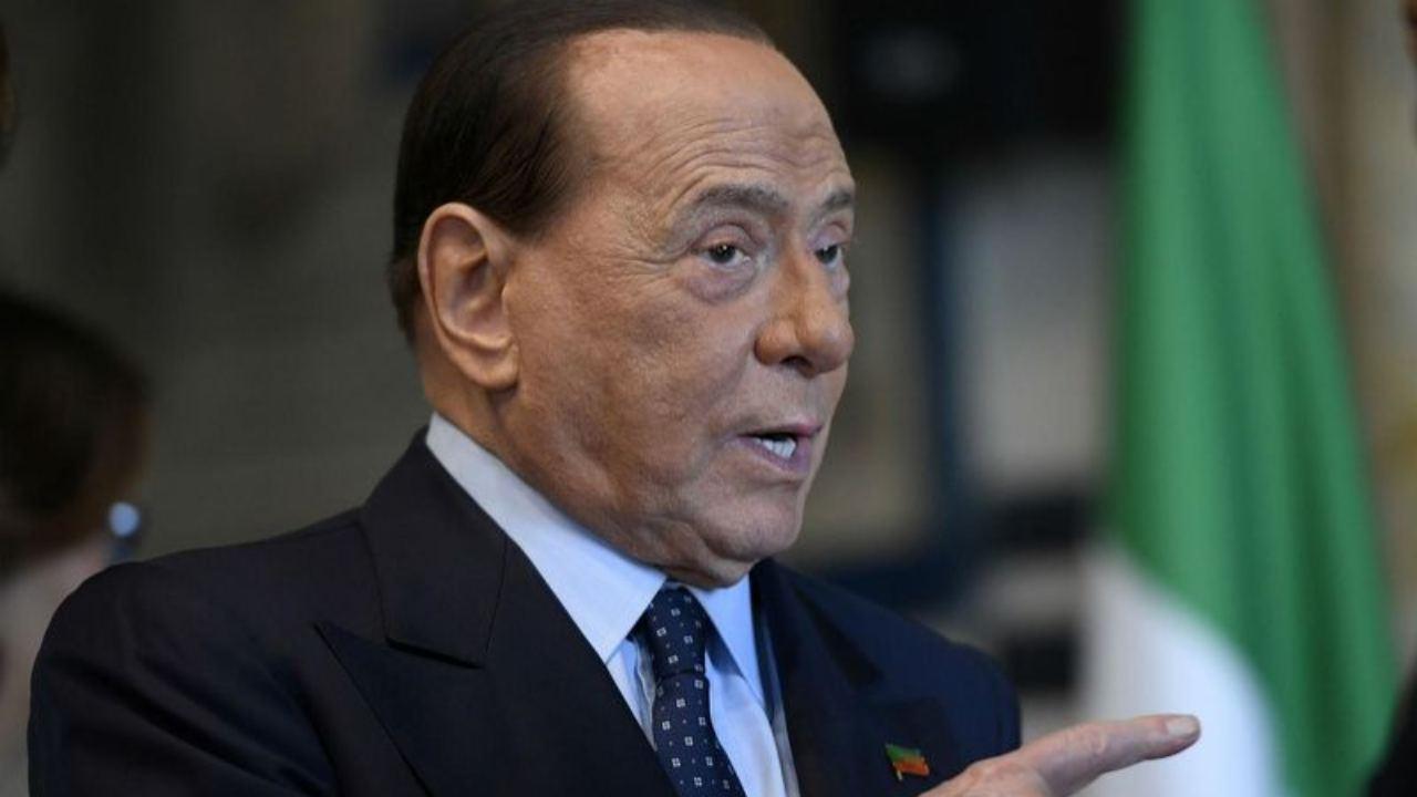 """Berlusconi: """"Mes, niente tattiche politiche. Voteremo sì"""""""
