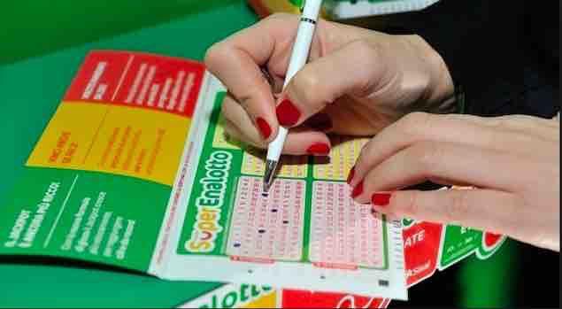 Estrazione Superenalotto lotto simbolotto martedì 14 luglio