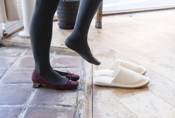 Togliersi le scarpe-Meteoweek.com