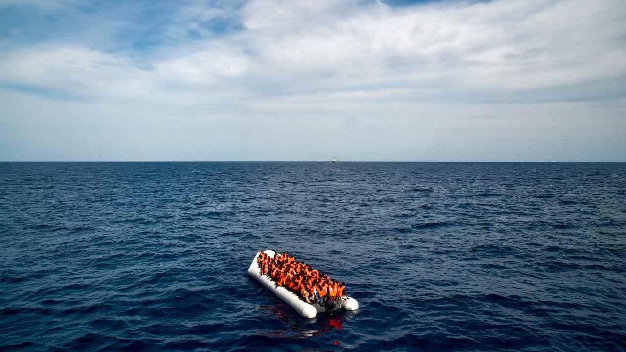 Alarm Phone lancia l'allerta: 65 migranti in zona Sar di Malta