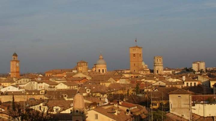Meteo Reggio Emilia oggi sabato 15 agosto: sereno