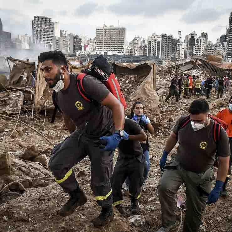 Beirut in lutto soccorritori