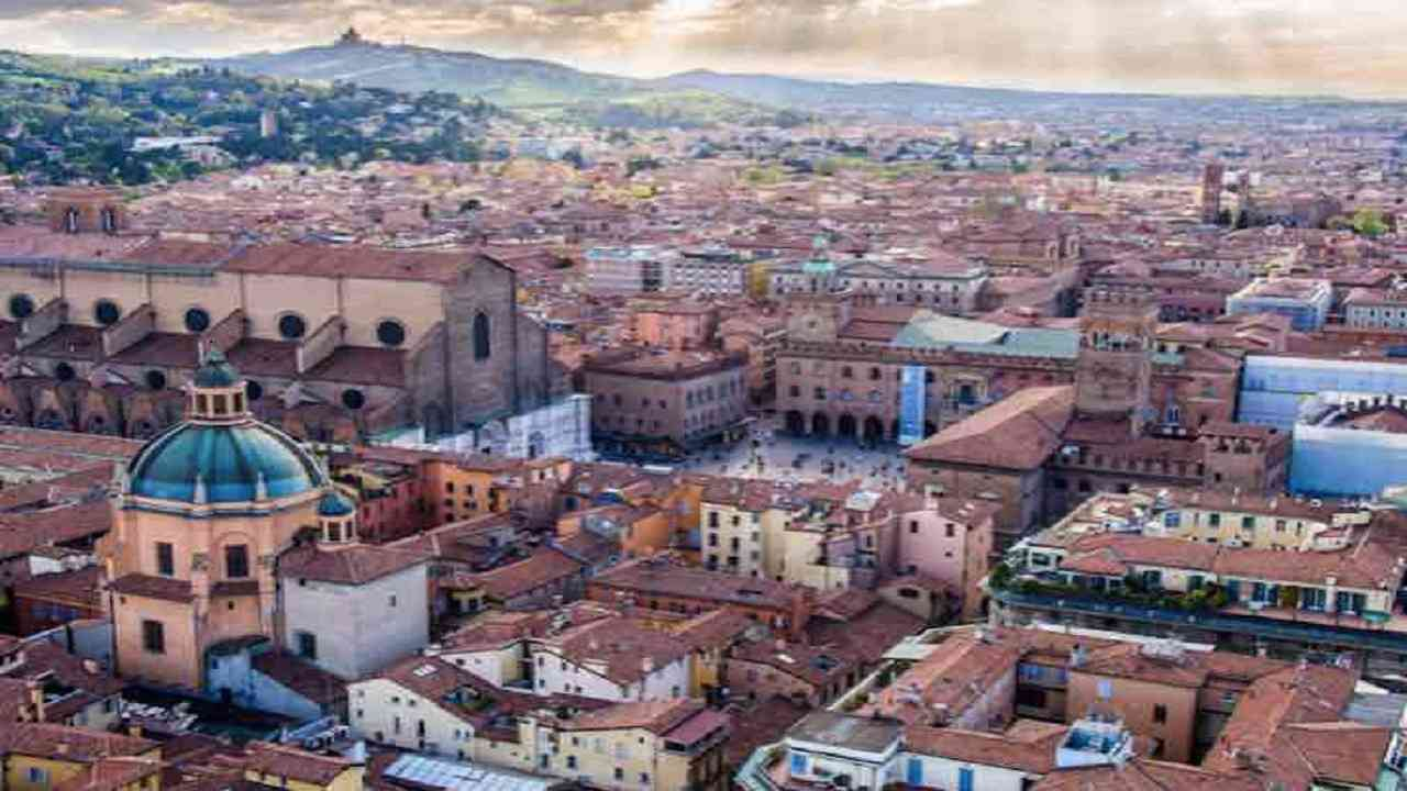 Meteo Bologna oggi giovedì 13 agosto: cieli sereni