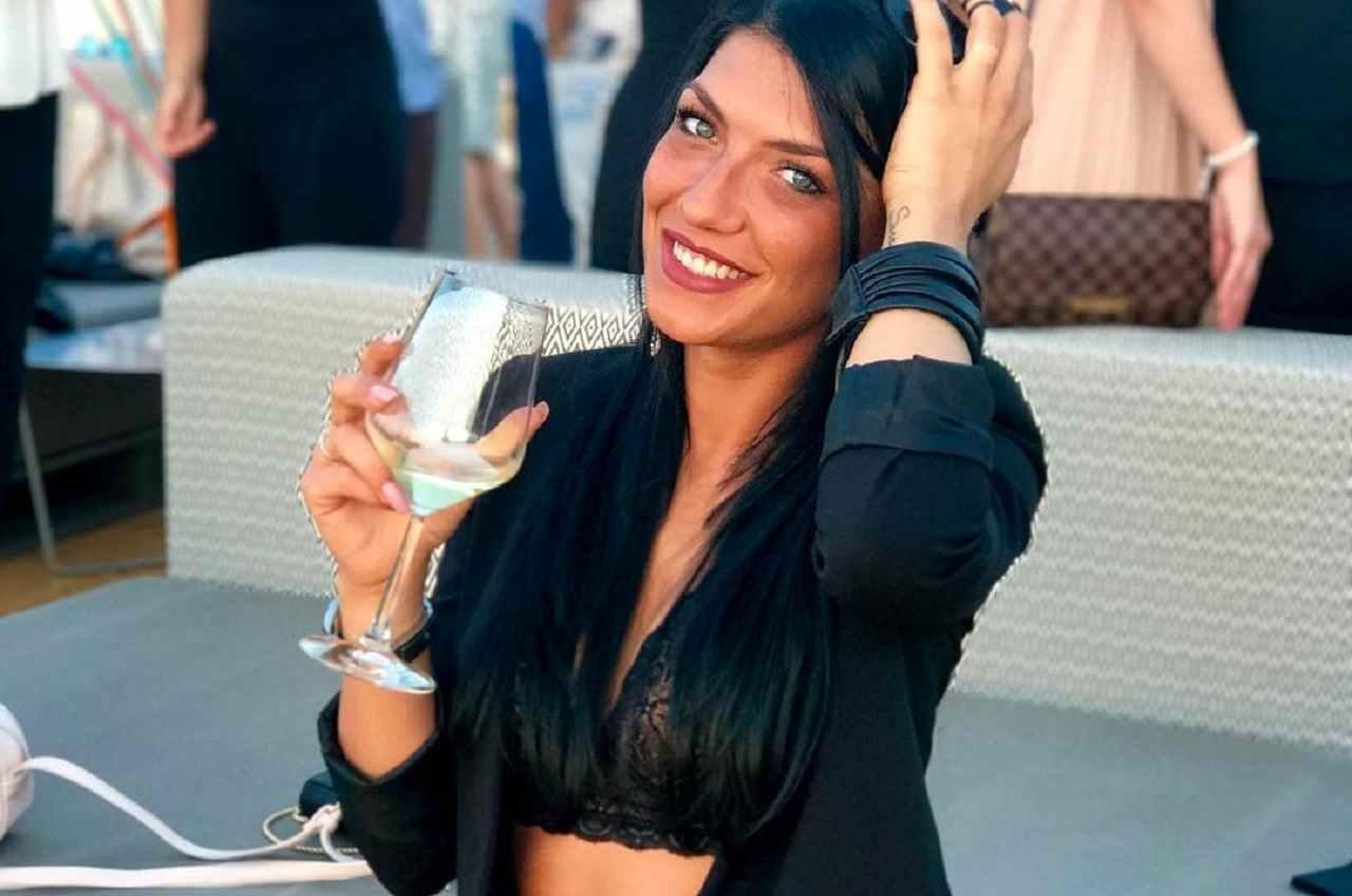 Giovanna Abate vacanza solitaria