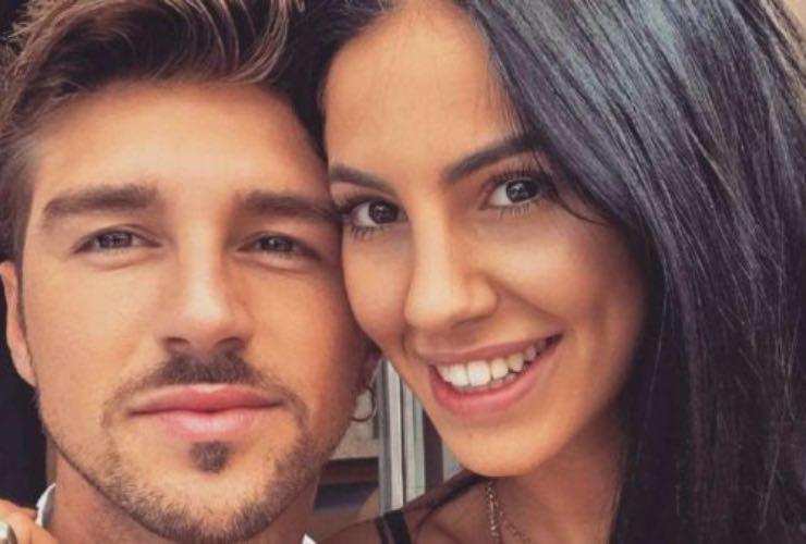 Bye bye anello, Andrea Damante e Giulia De Lellis: notato il particolare?