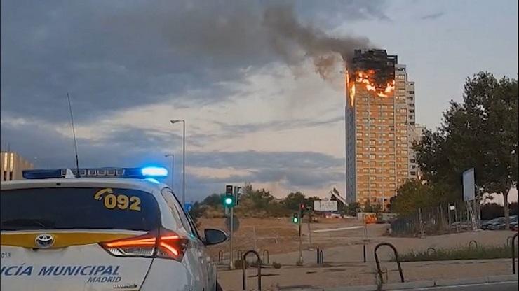 Incendio grattacielo Madrid
