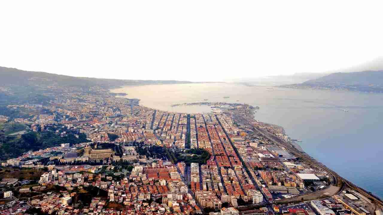 Meteo Messina oggi venerdì 14 agosto: cielo sereno