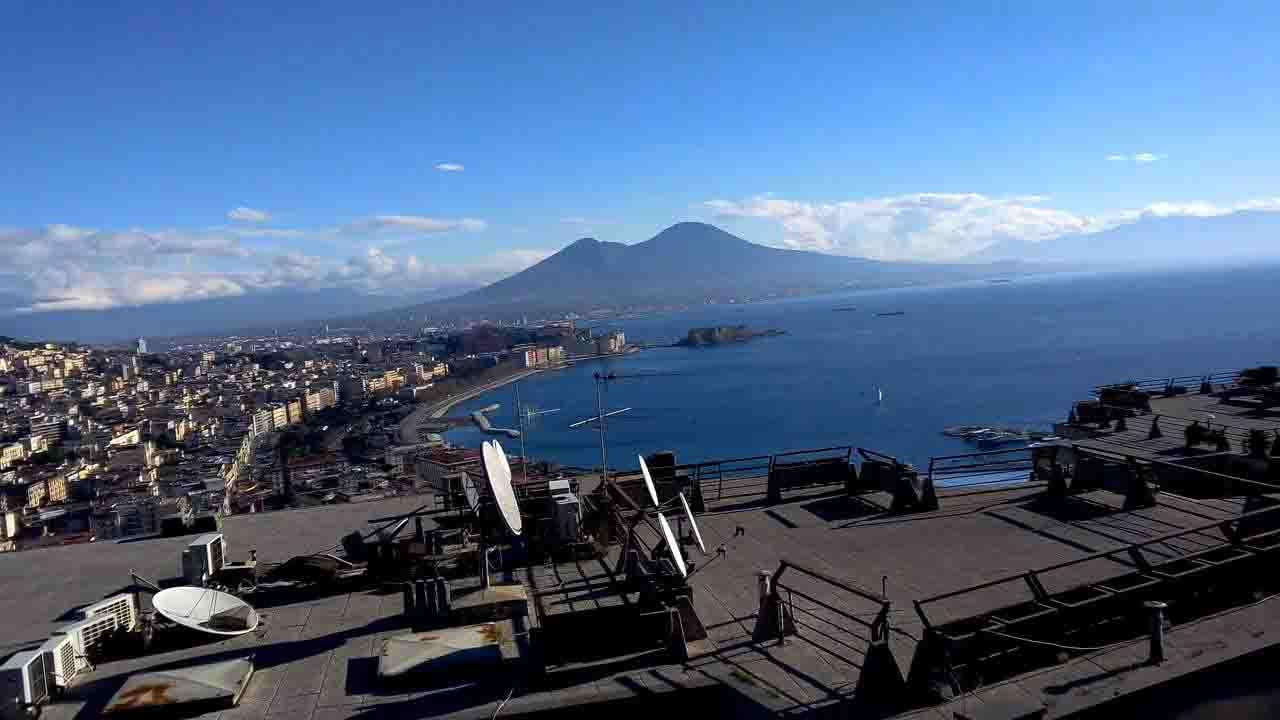 Napoli, domani l