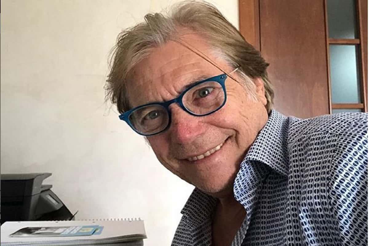 Nino D'Angelo mostra la sua futura casa al mare: il video fa boom di like