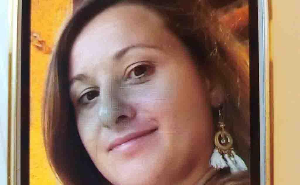 Donna scompare a Messina con il figlio di 4 anni: appello della polizia