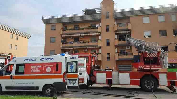 Sestri Levante bimba cade dal balcone episodio simile a Bolzano, bimbo muore precpitando dal 4 piano