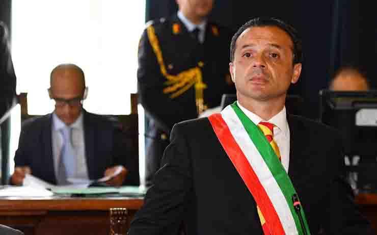 Sindaco di Messina chiusura centro migranti