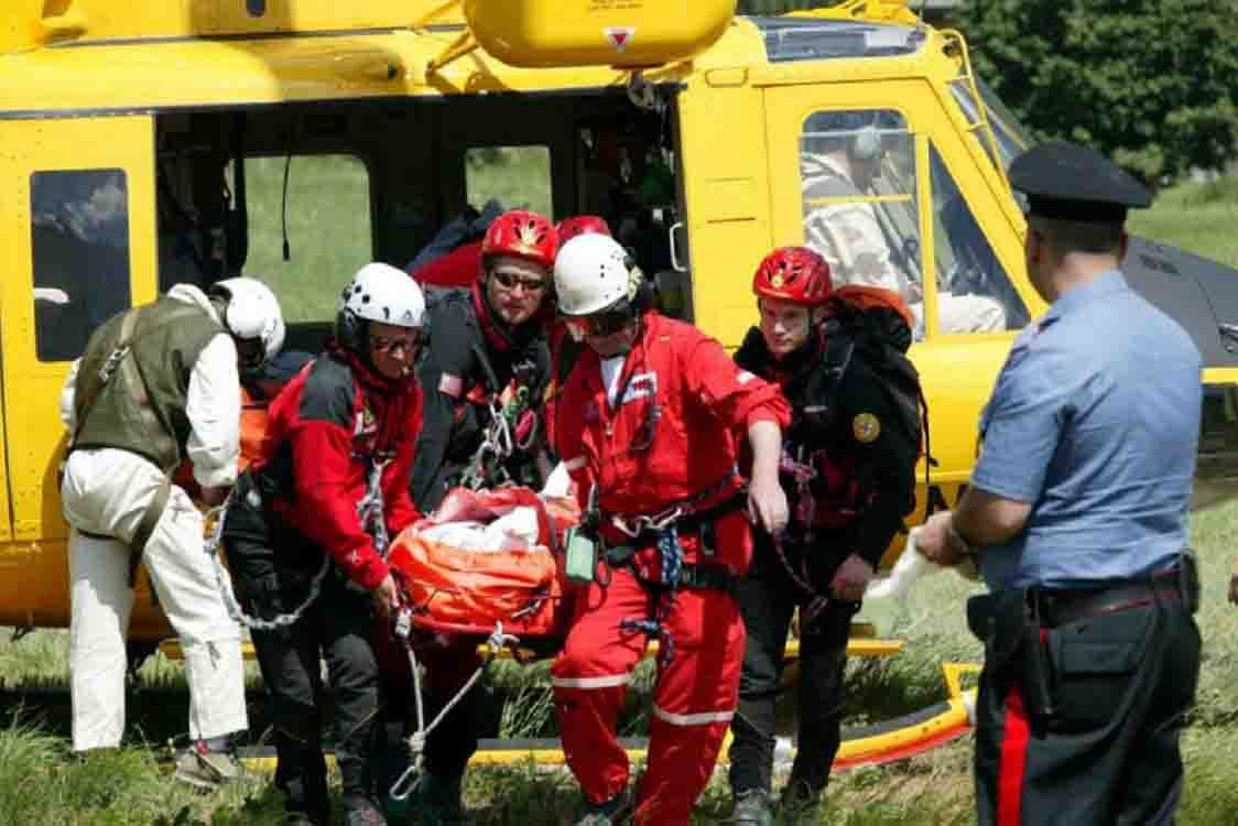 Tragedia in Valmalenco muore ragazzina il giorno del suo compleanno bimbo di cinque anni grave vittime e cordoglio del sindaco