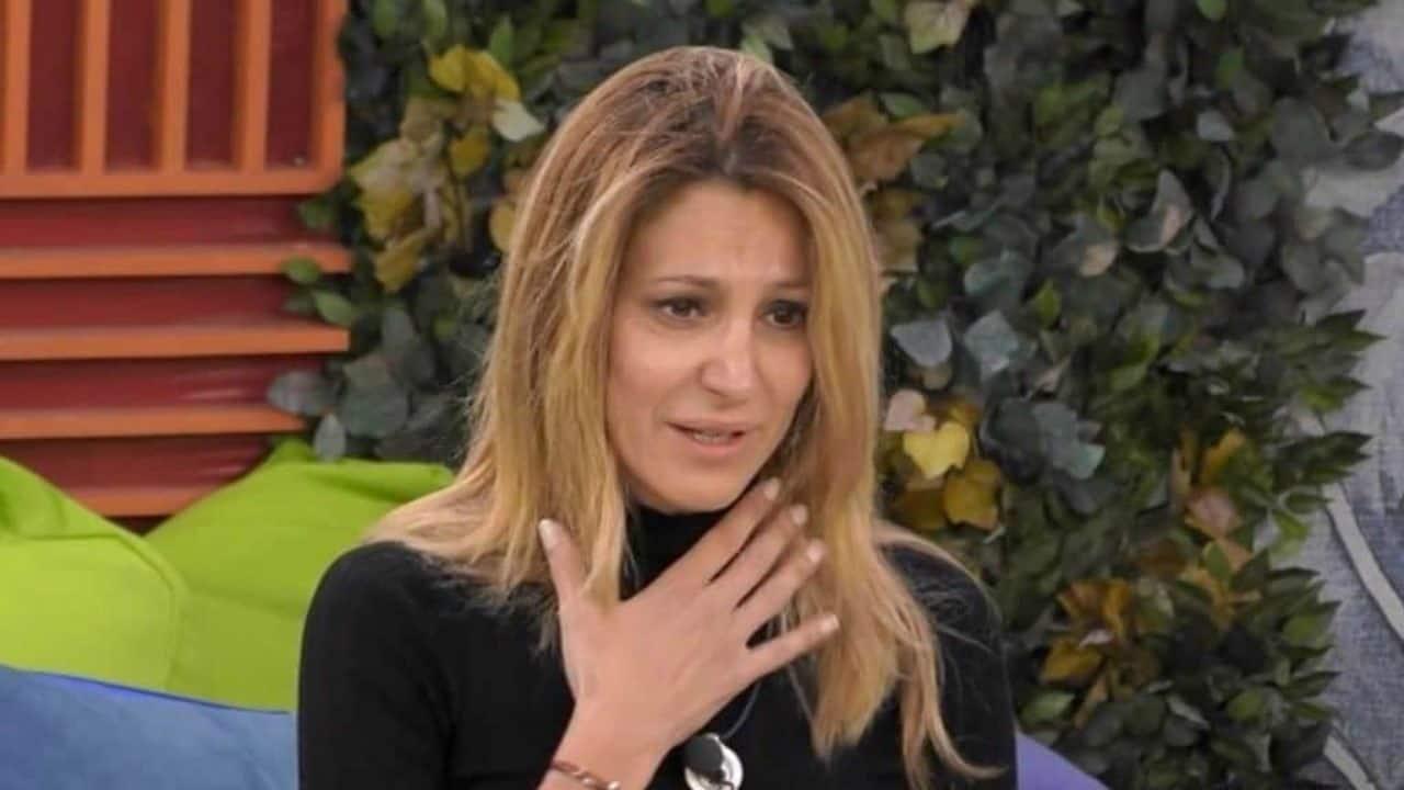 Adriana Volpe a rischio | Momento delicato per la conduttrice