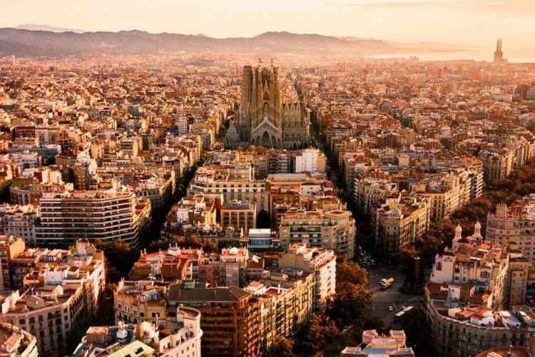 Drogano le vittime, poi le stuprano: arrestati due italiani a Barcellona