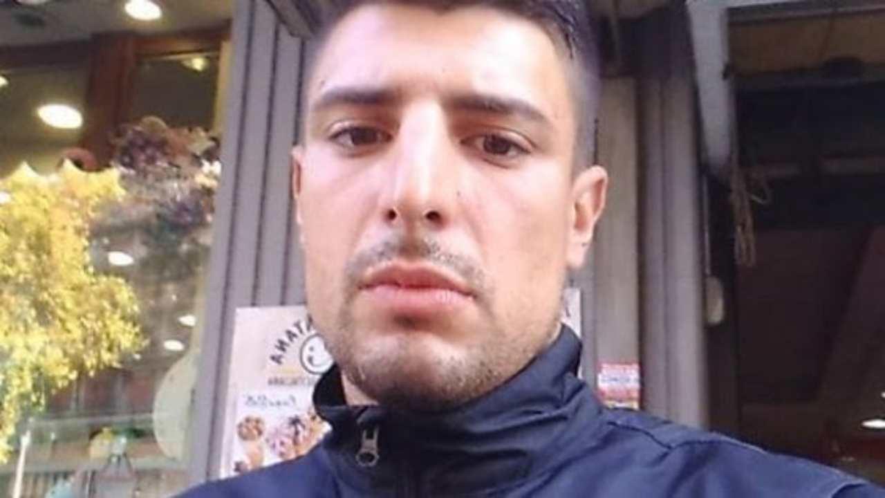 Ponza, ex campione di kickboxing trovato morto in giardino