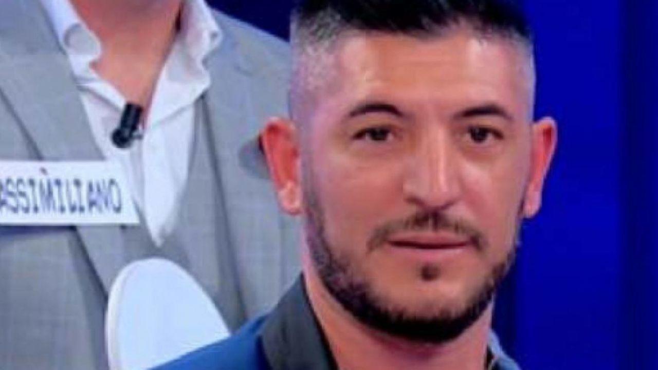 Giovanni Longobardi si toglie un peso | Addio definitivo dopo Uomini e Donne