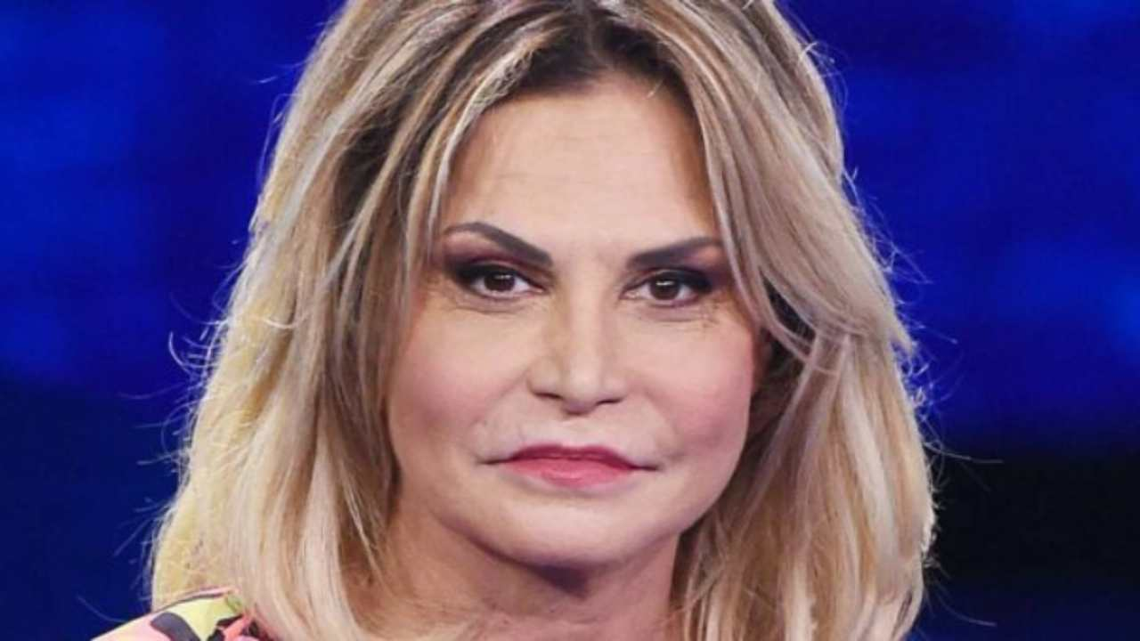 Simona Ventura ottiene la sua rivincita | Conduttrice determinata al GF Vip