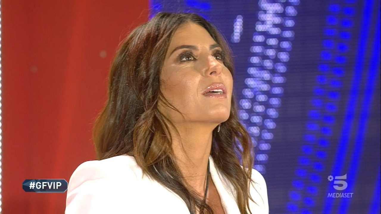 Elisabetta Gregoraci lascia senza fiato