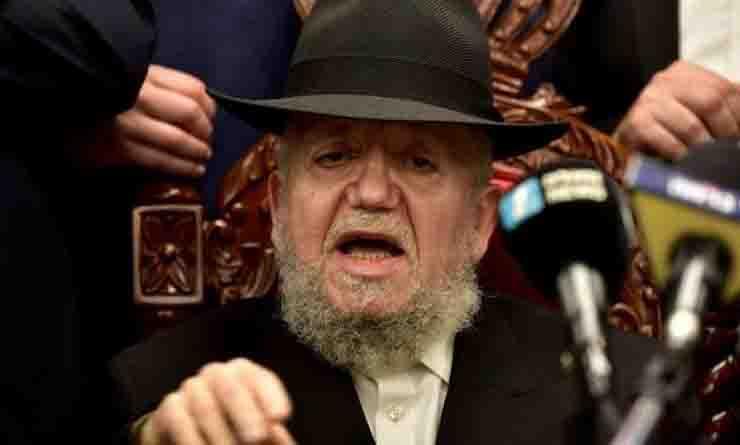Covid, positivo il patriarca che accusò i gay per la pandemia