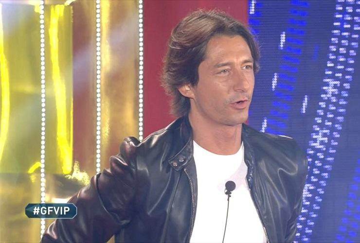 Francesco Oppini fa il suo ingresso nella Casa