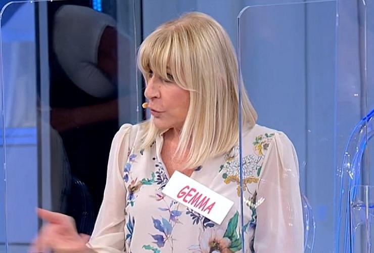 Gemma Galgani sfruttata dagli uomini