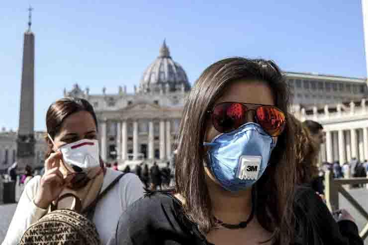 Vaticano preoccupato per il Covid, circolare per i preti rientrati dalla Sardegna con richiesta di tampone