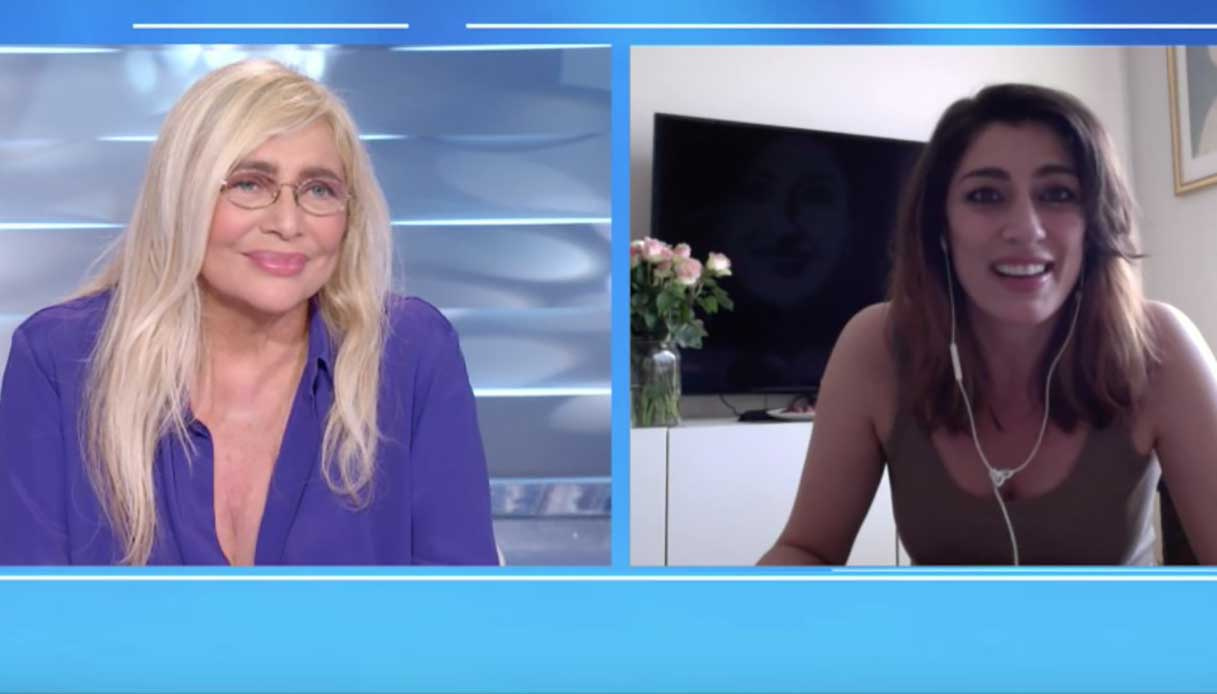 "Venier: ""Elisa rispondi!!!!"", Videochiamata in diretta ma era nuda"