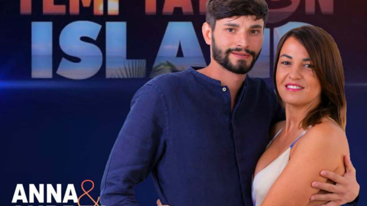 Temptation Island, Anna e Andrea svolta sexy: la foto senza veli