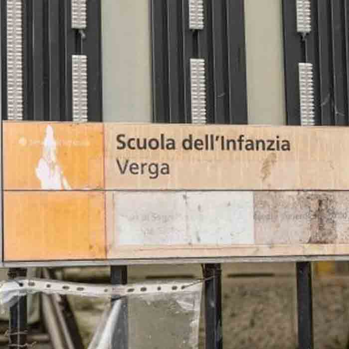 Topi nella scuola materna di Via Verga a Milano