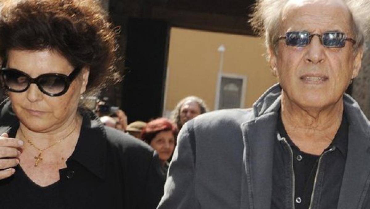 """Claudia Mori e il tradimento di Adriano Celentano: """"Colpa mia che…"""""""