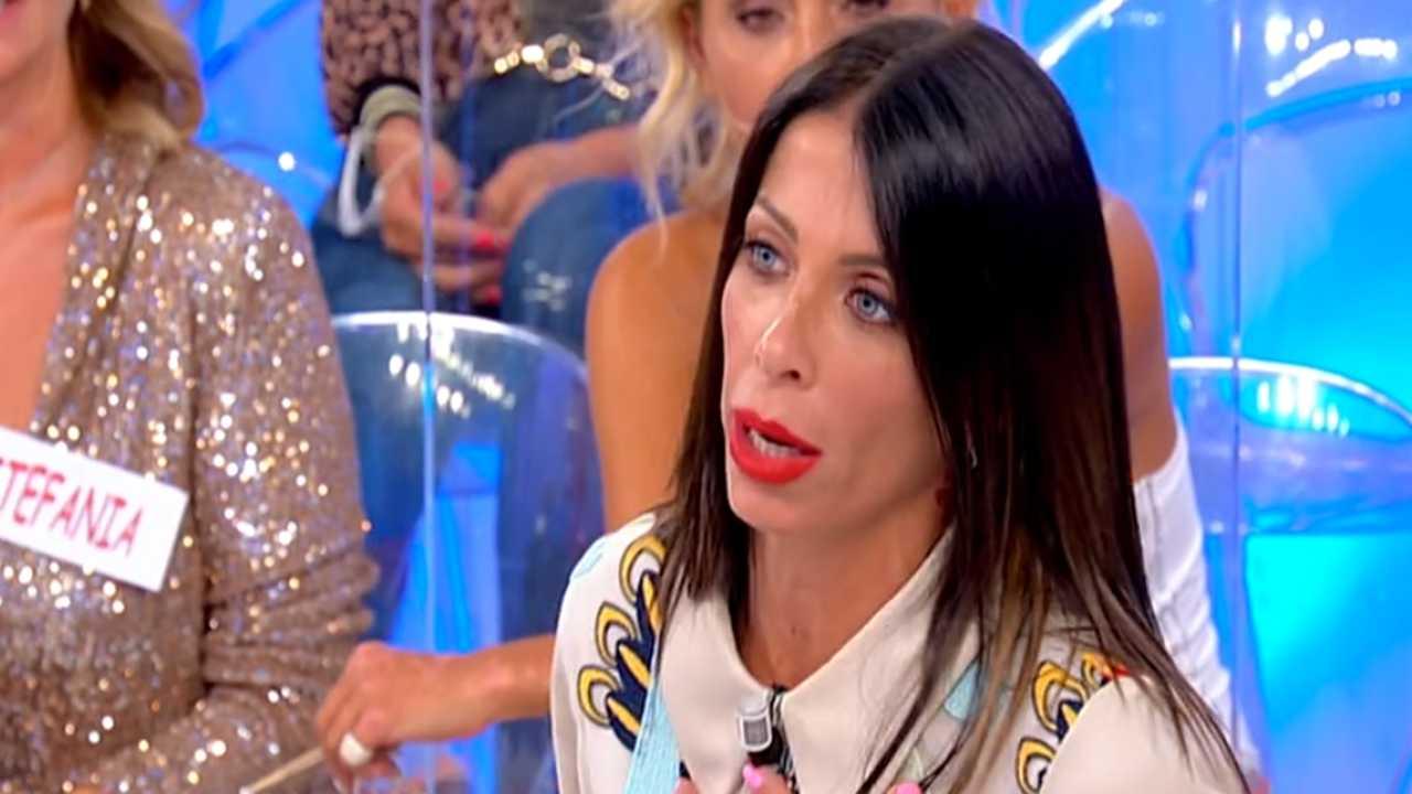 Valentina Autiero non si accontenta | Errore imperdonabile a Uomini e Donne
