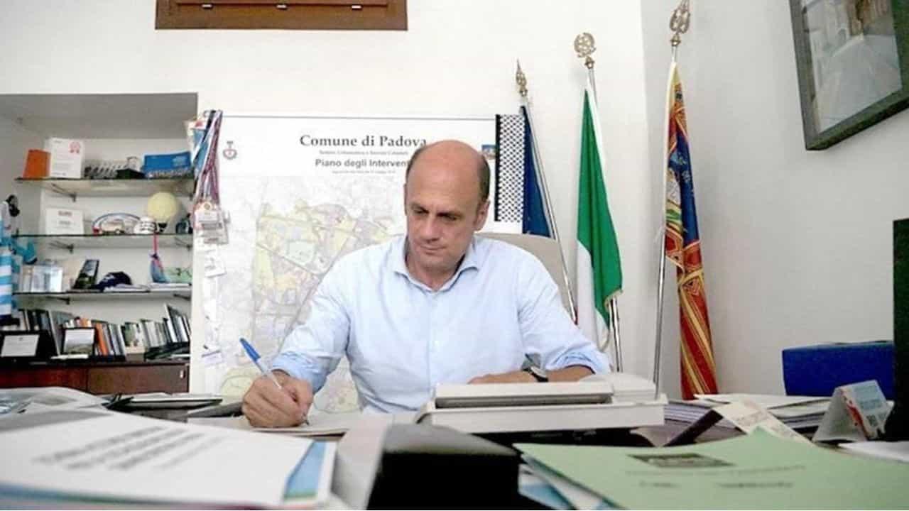 Positivo Arturo Lorenzoni, candidato per il centrosinistra alla presidenza del Veneto