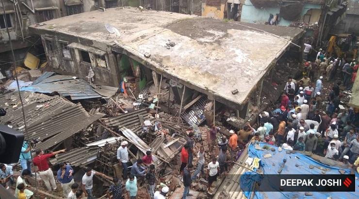 crollo edificio in India morti e dispersi