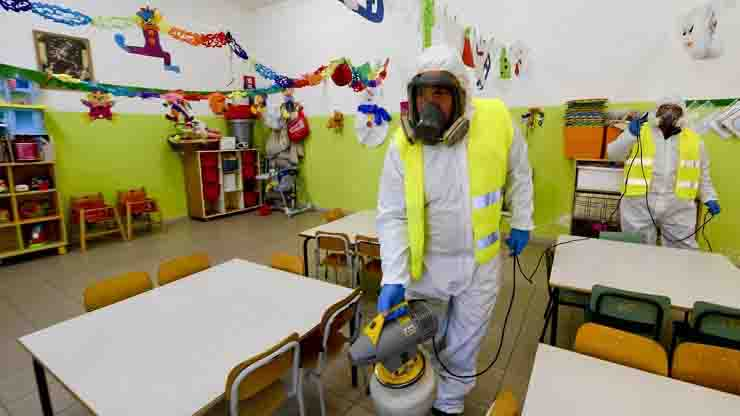 docente positivo al covid, 115 alunni in quarantena