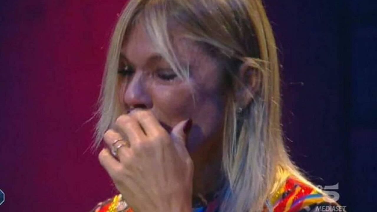 """Matilde Brandi pianto disperato al Gf Vip: """"Ho 50 anni e…"""""""