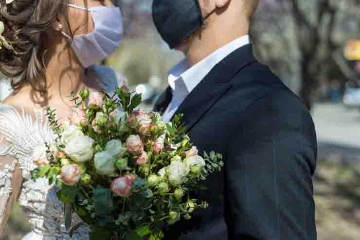 Matrimonio con contagio 7 morti e 175 contagiati